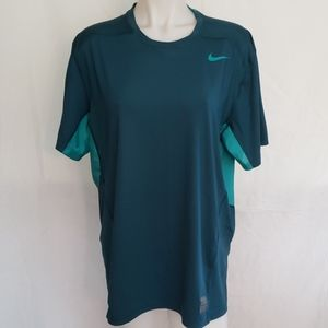 NIKE PRO Athletic Top